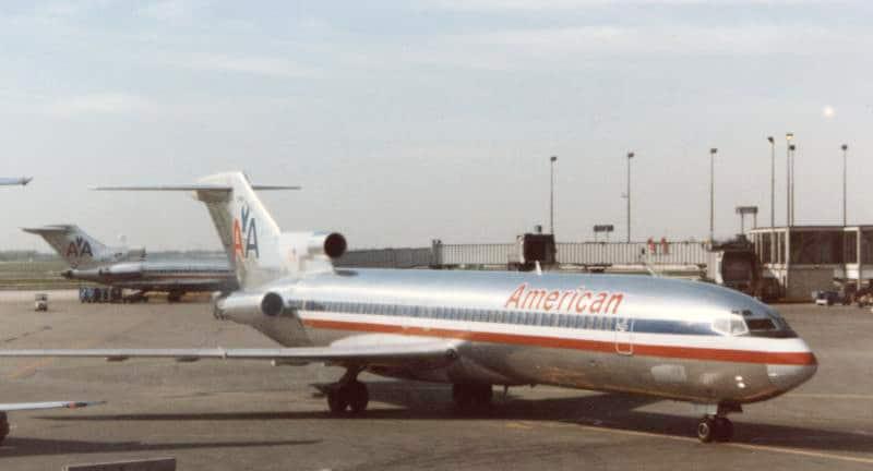 Boeing 727-223 stolen