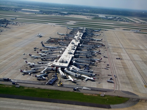 Hartsfield-Jackson_Atlanta_International_Airport